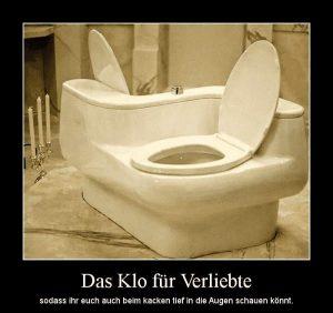 Im Badezimmer: Toilette für Verliebte