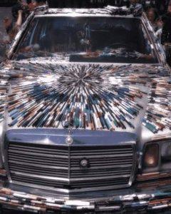 Auto mit Stiften