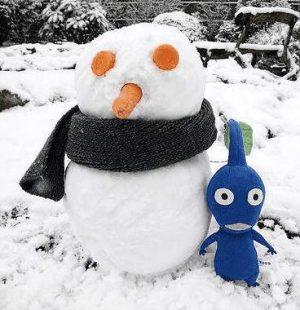 Schneemann mit Stoff-Puppe