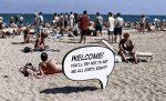 Warnhinweis am Strand: Bitte keine Verschmutzung